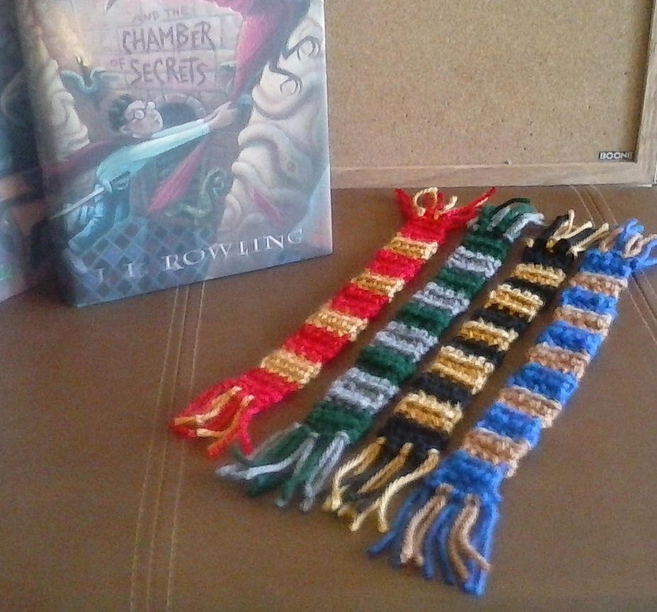Hogwarts House Scarf Bookmarker/Wall Hangings by alternativeicandy