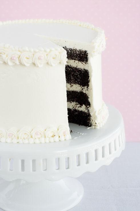 Chocolate and Vanilla Cake by bittykate