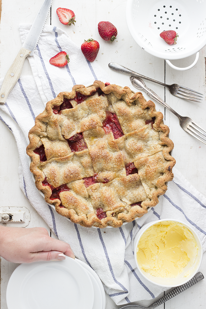 Strawberry PB and J Pie by bittykate