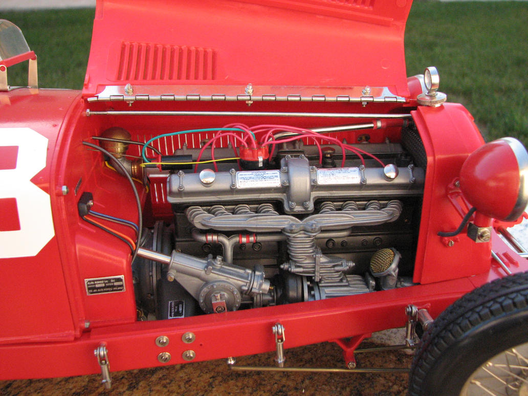 Pocher Alfa Romeo 8C2300 model engine by SlimerJSpud