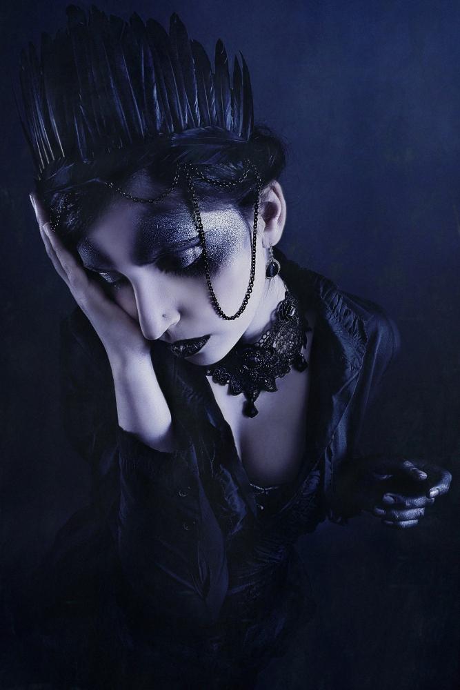 Raven Queen II by Baal-Kaos