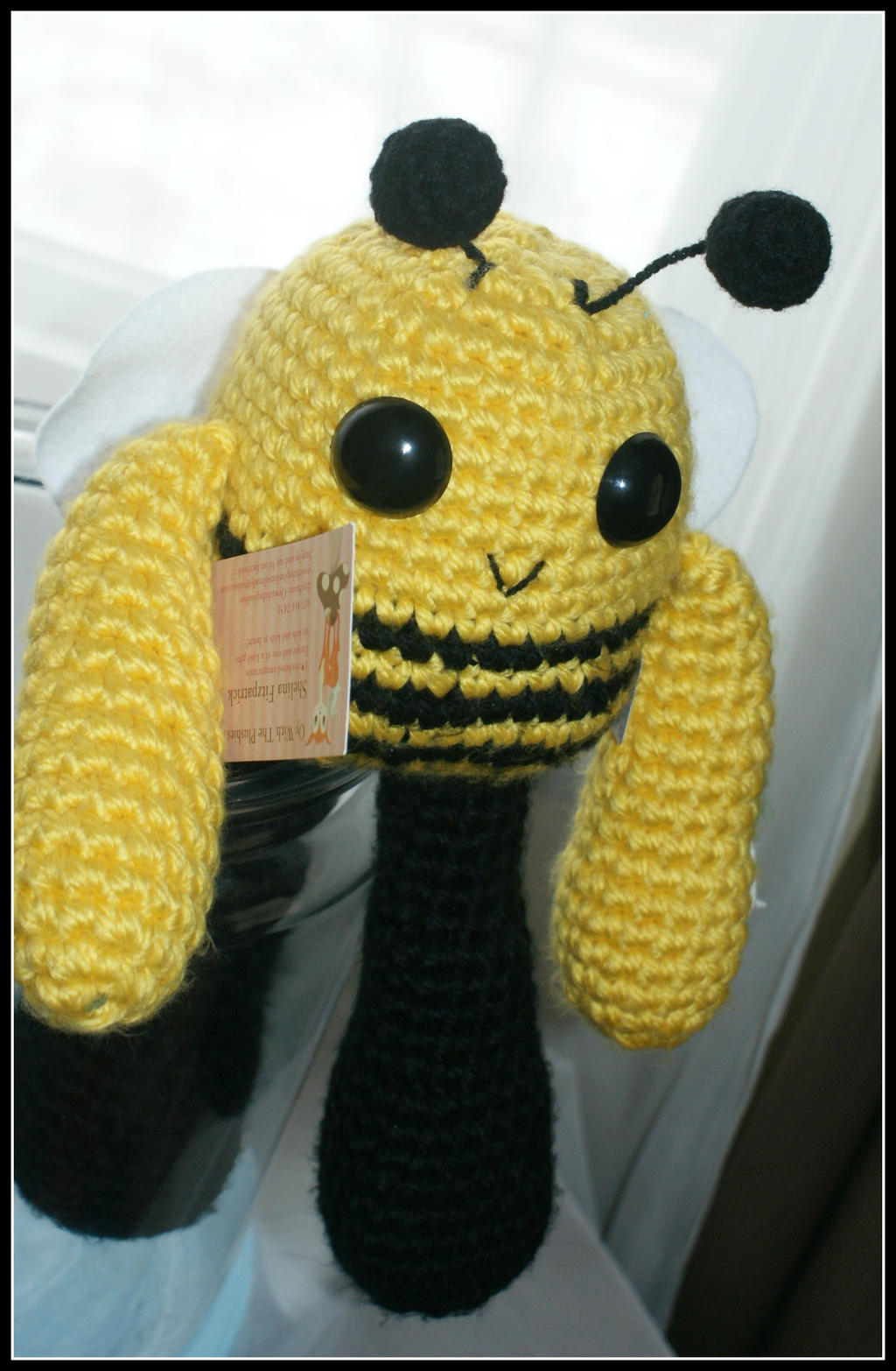 Kawaii Bumble Bee by SecondHandCaravan