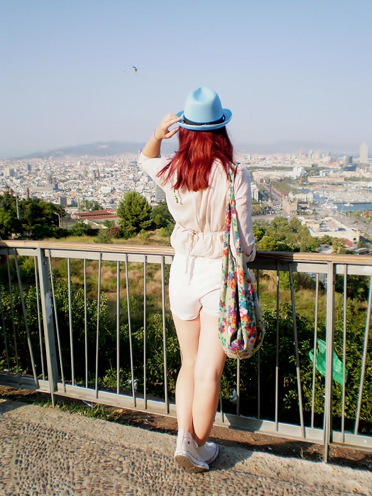 hola Barcelona! by littlemisspiano
