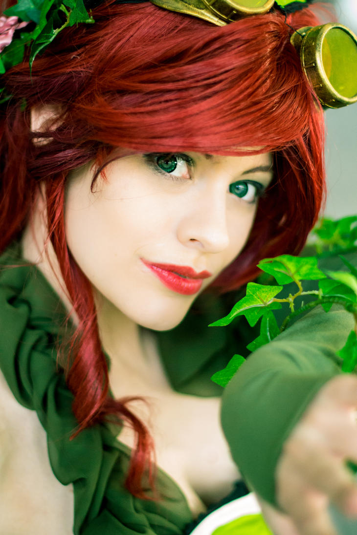Alternate + Poison Ivy + by TheLupin