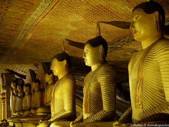 Buddha Cave by macrodger
