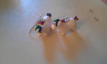 Unicorns! by Laijn