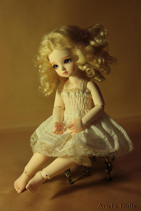 Golden Girl by Ariel-Sun