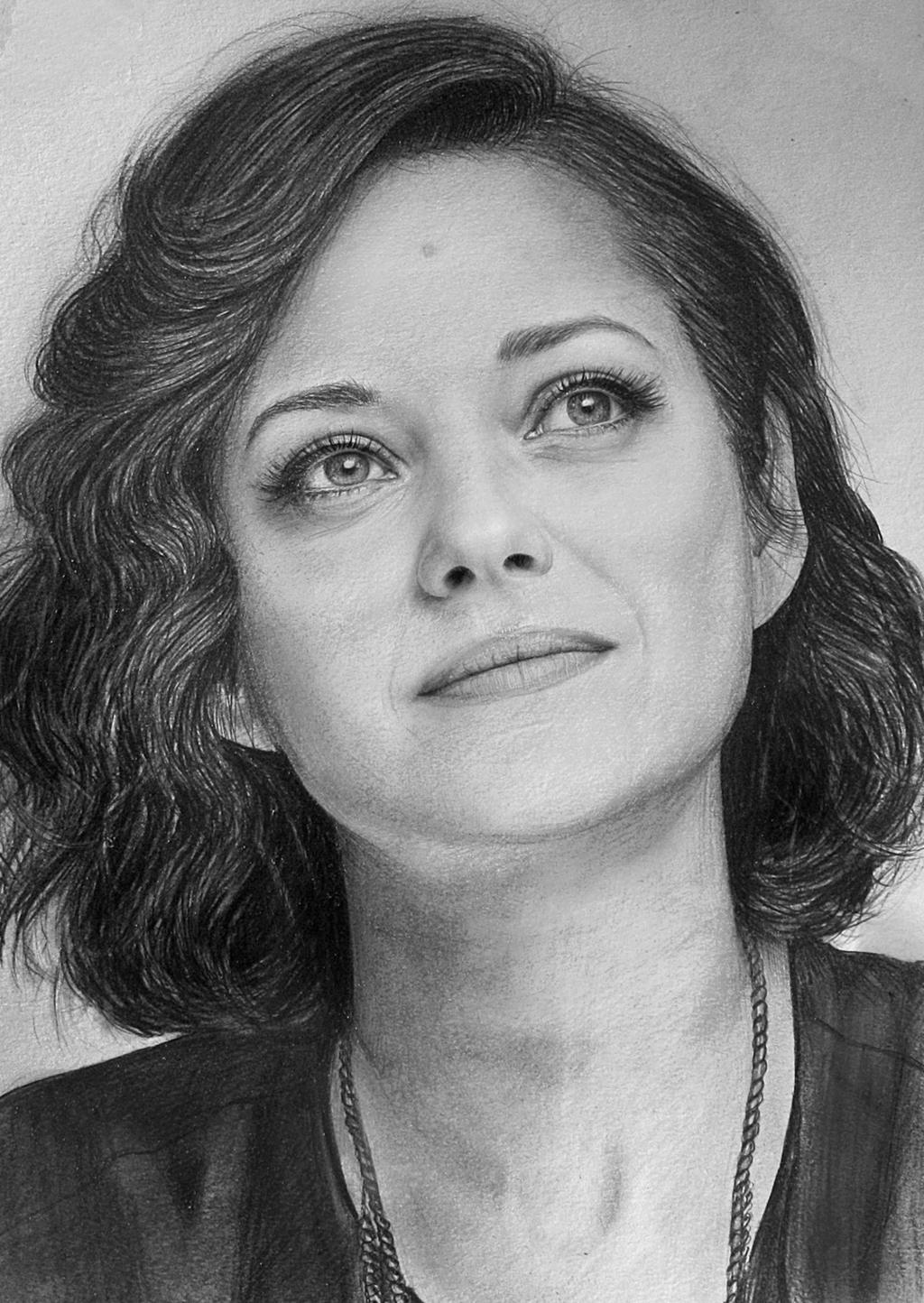 Marion Cotillard by LazzzyV
