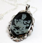 Rosalie Cullen Crest necklace