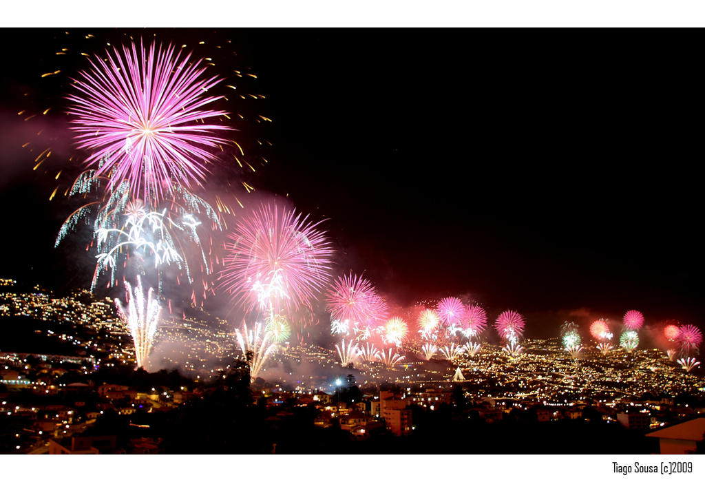 Happy New Year 1-2 by Tiagoto