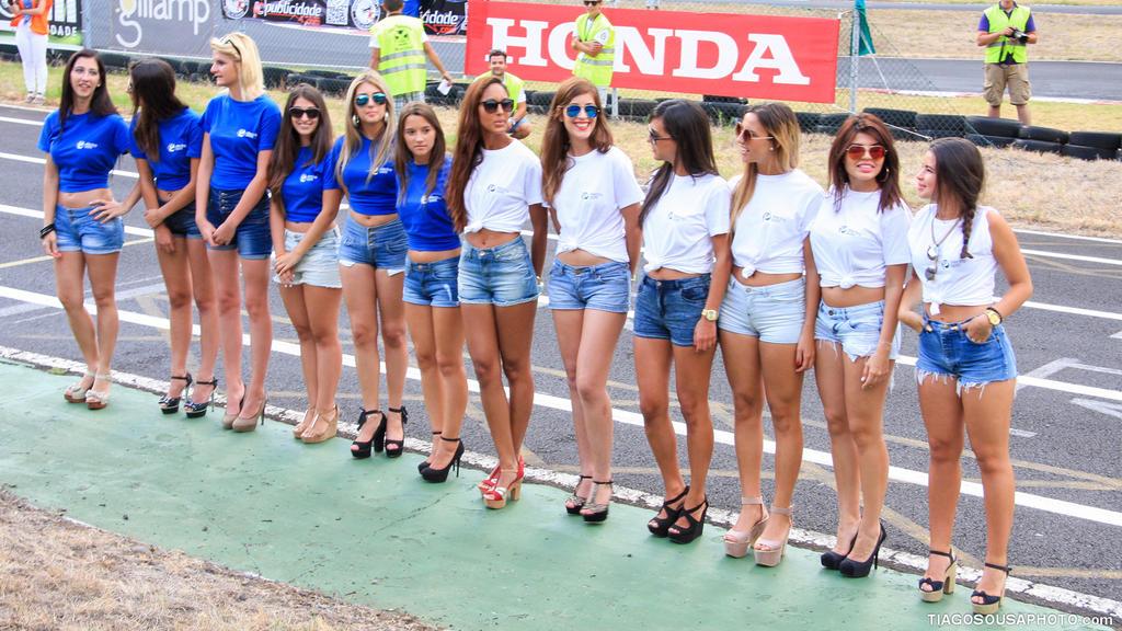 Race Girls by Tiagoto