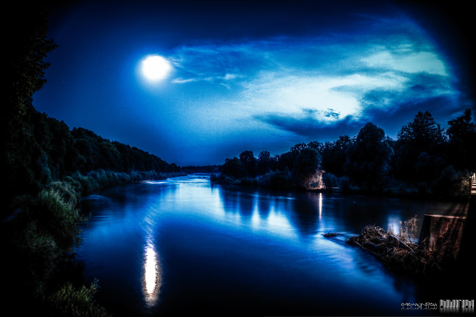 River..... River_by_night_by_c_r_munich-d5edors