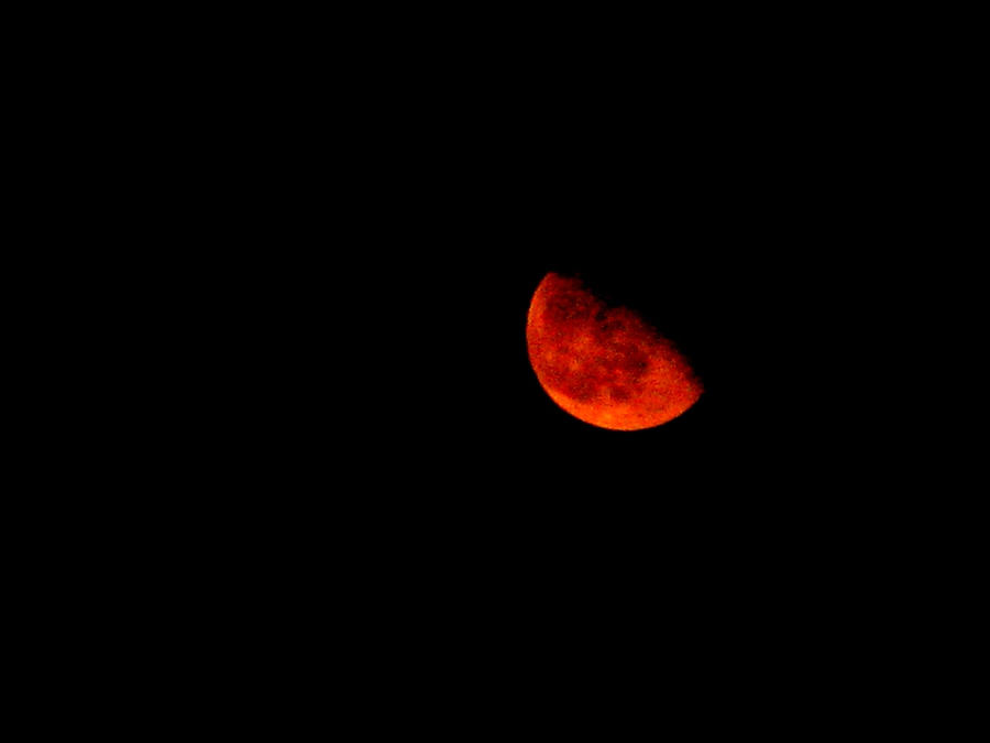 red moon at night meaning - photo #27