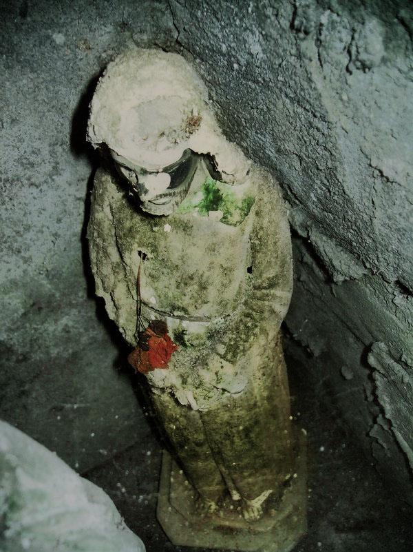 Resurrected yet left Rotten by xbeniciox