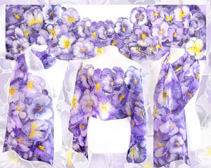 Pansy scarf on silk