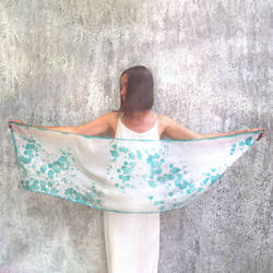 White silk scarf with Ivy Leafs