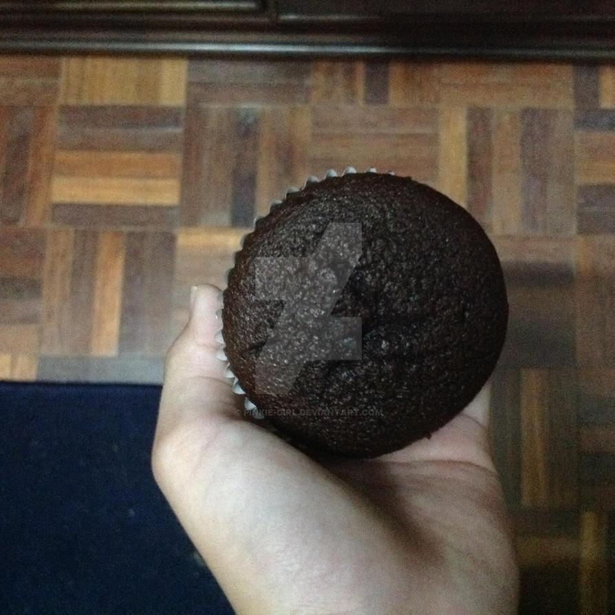 My cupcake! by Pinkie-girl