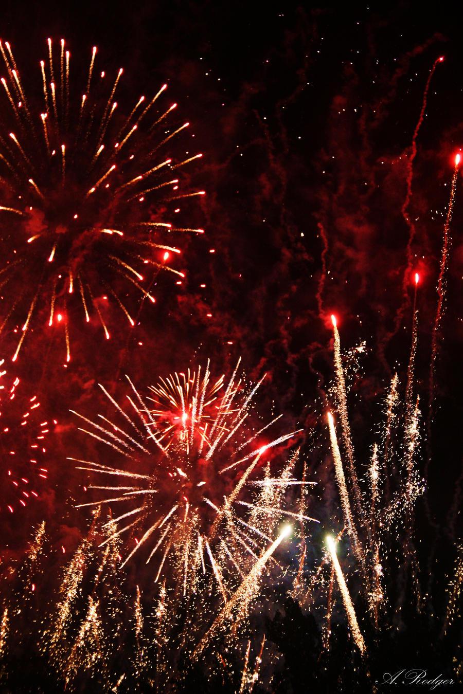 Calgary Stampede Fireworks By Apollohephaustus On Deviantart