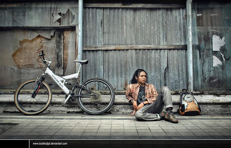 waiting by dudiksdjpt