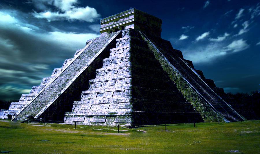 Piramide_del_sol_by_HugoDnz.jpg