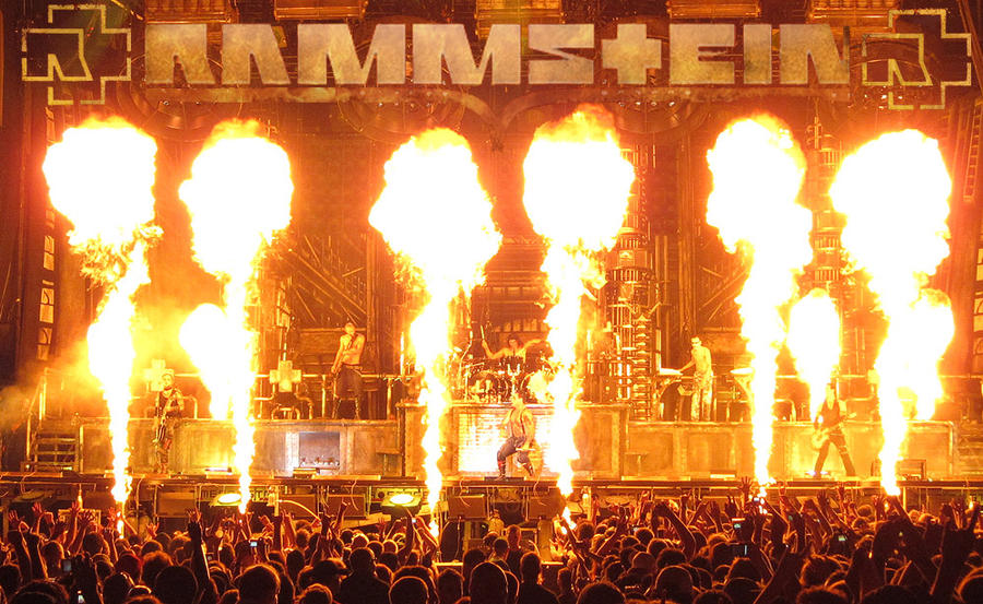 rammstein tour 2010 at quebec by kryptonyk on deviantart. Black Bedroom Furniture Sets. Home Design Ideas