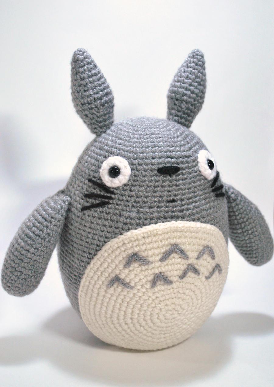 Amigurumi Totoro Ohje : Totoro by HanakoHeals on deviantART