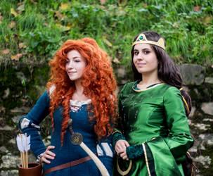 Queen Elinor and Merida by ArtemisBerry