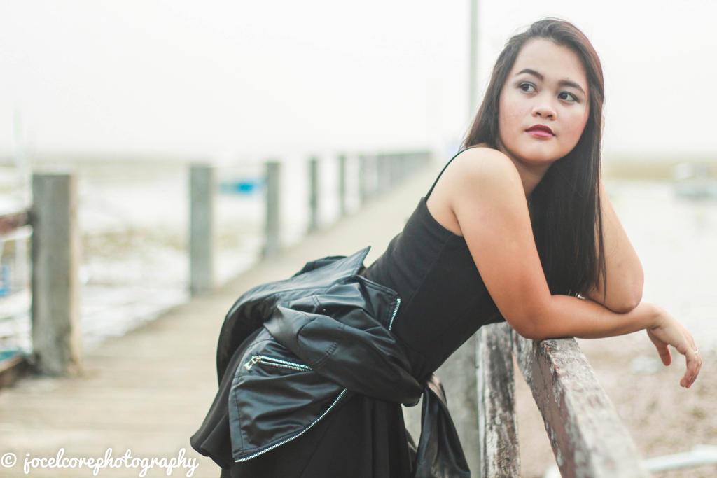 rocker girl by jocelcore