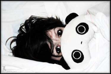 L : Peek-A-Boo Panda by Maru-Light