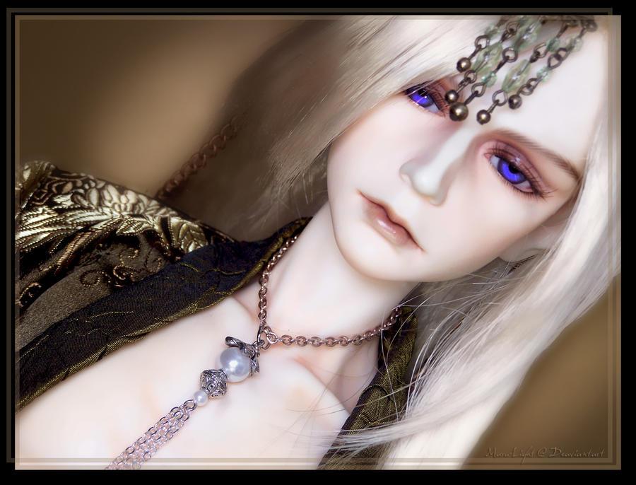 Lachlan by Maru-Light