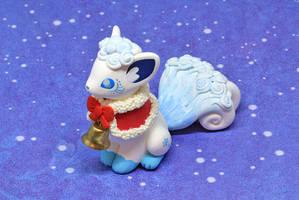 Christmas Vulpix and Merry Christmas! by Ailinn-Lein