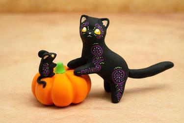 A Cat, a Mouse and a Pumpkin by Ailinn-Lein