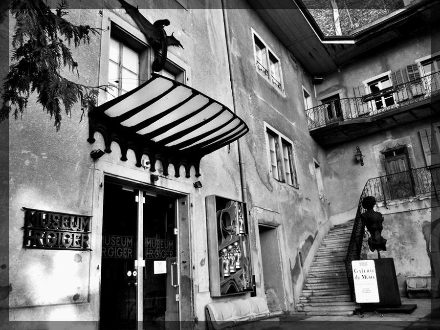 HR Giger Bar Museum Vol  3 by Cryptalia on DeviantArt