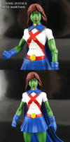 Young Justice Miss Martian Figure