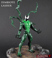 Custom Symbiote Lasher figure by Jin-Saotome