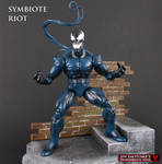 Custom Marvel Legends Riot Symbiote action figure