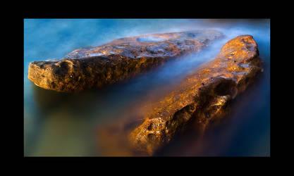 Water Rock by psyfre