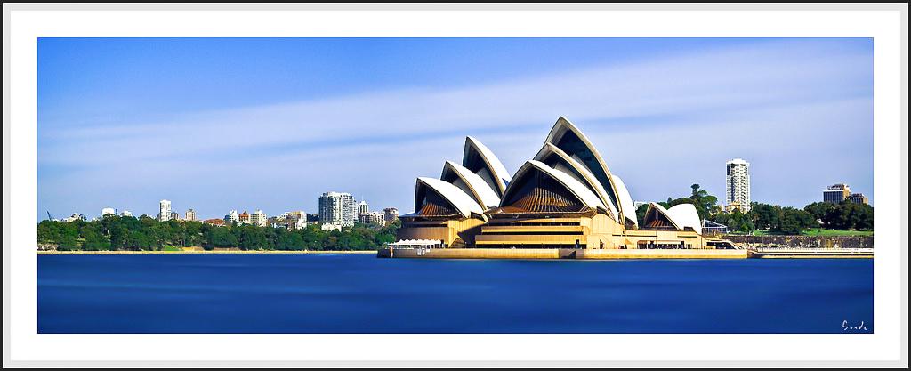 Opera House by psyfre