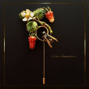 Strawberry and wasp. Brooch
