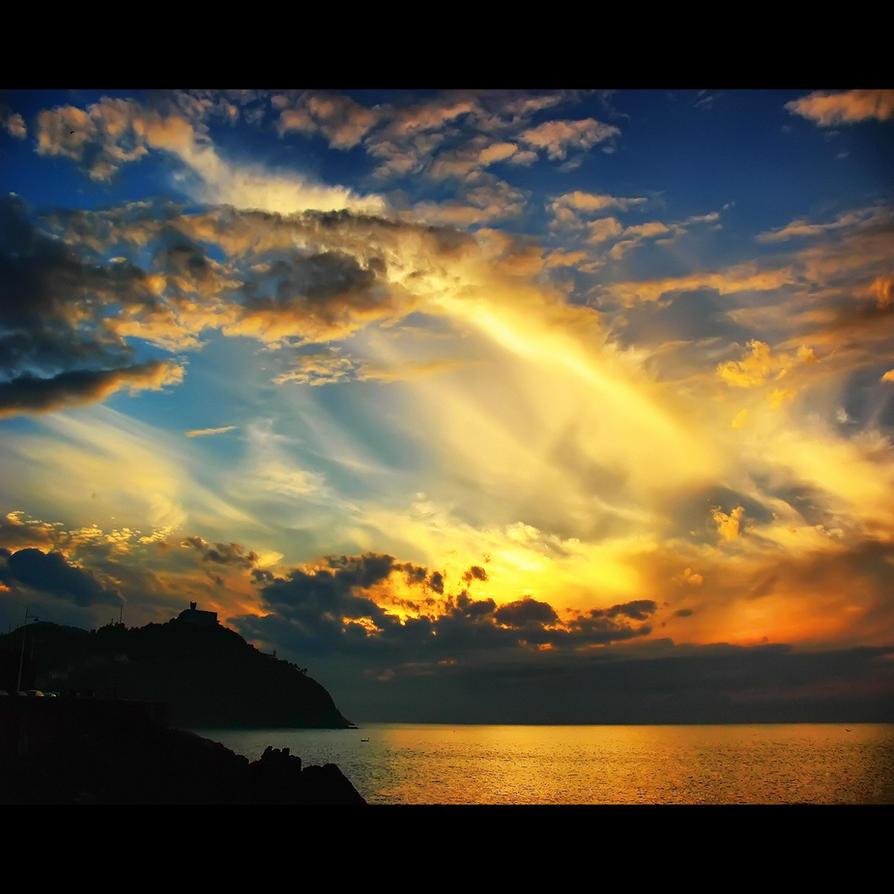 Burning Clouds by kyptanuy