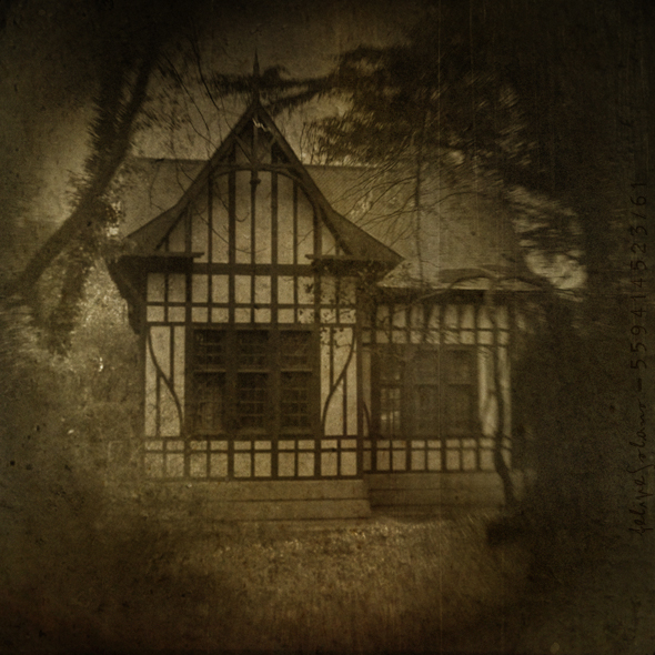 The last house on the left by IMAGENES-IMPERFECTAS