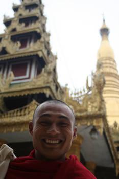 Burmese monk at shwedagon