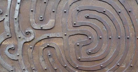 Maze panel for bookshelf