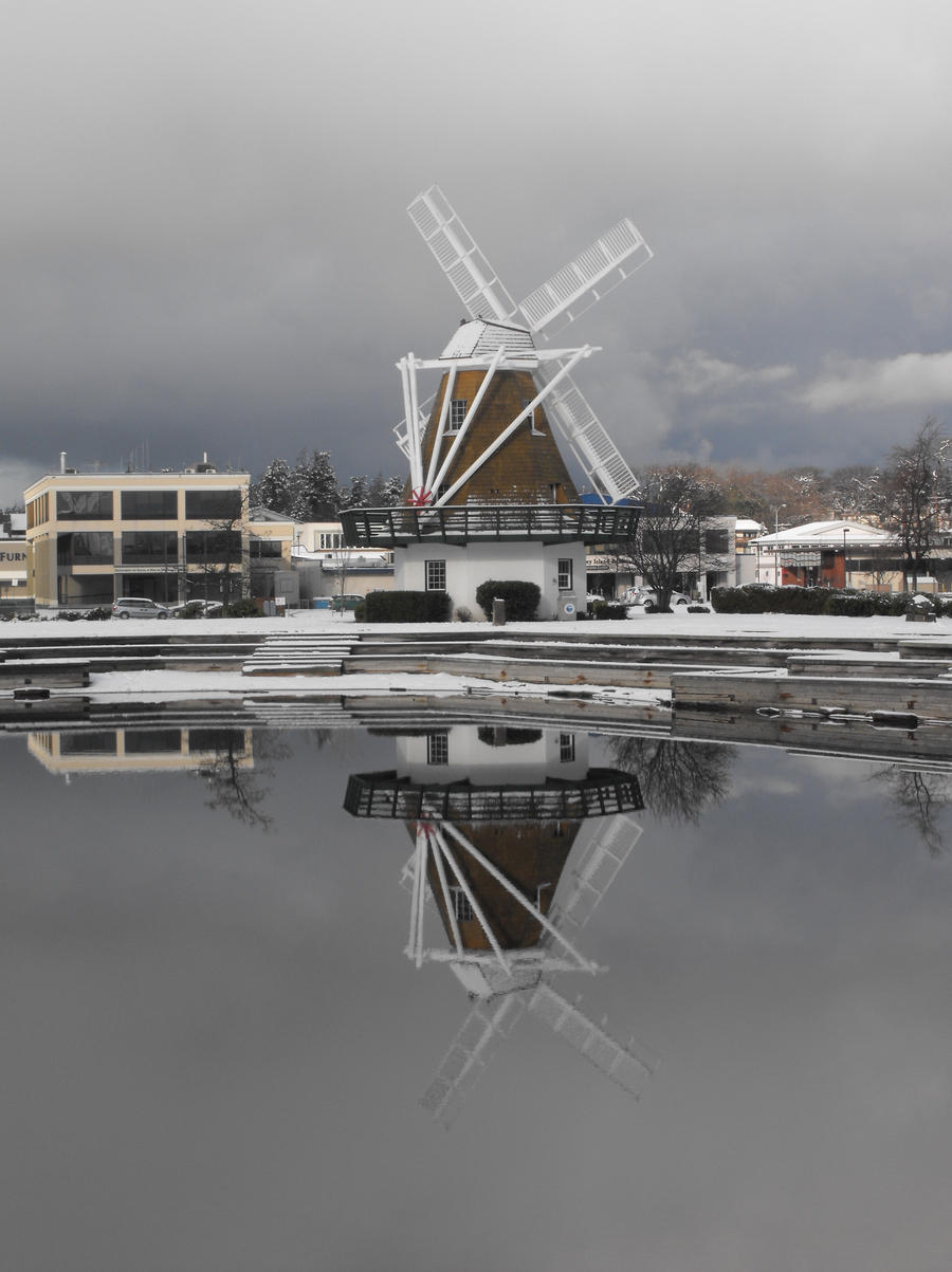 Oak Harbor: Windmill VI by Photos-By-Michelle
