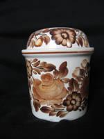 Porcelain : basin by Lift-manipulator