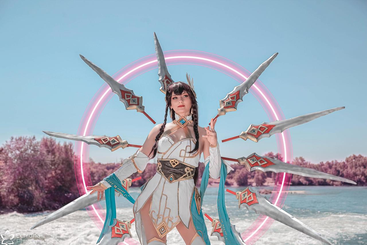 Divine Sword Irelia by Ayumi Laurie Cosplay