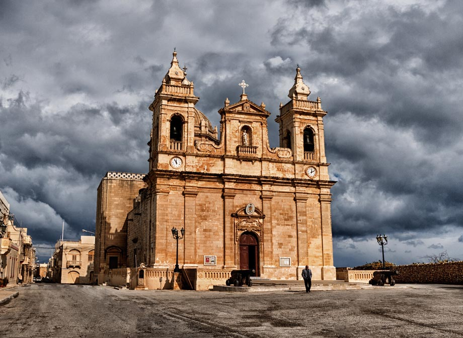 Zebbug Gozo Church by davidsant