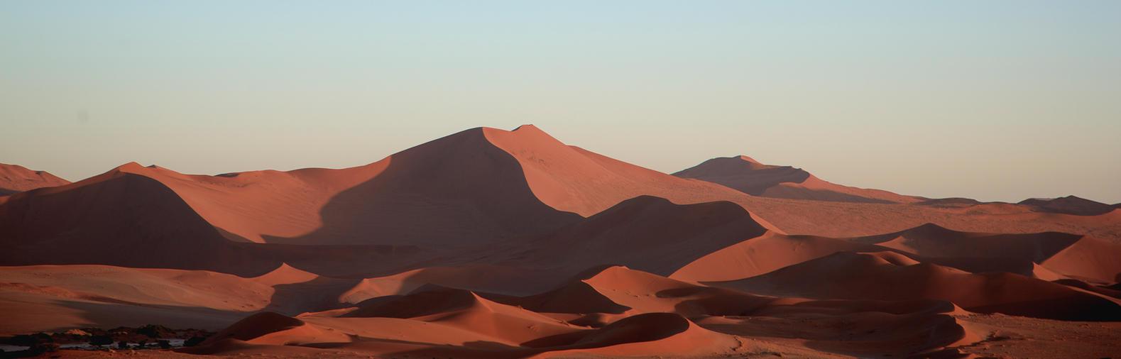 Namibean Dunes by StarsofNight