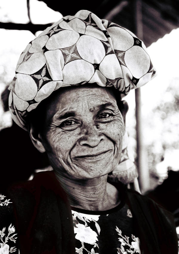 Smile...Old Lady by gerlonggaul