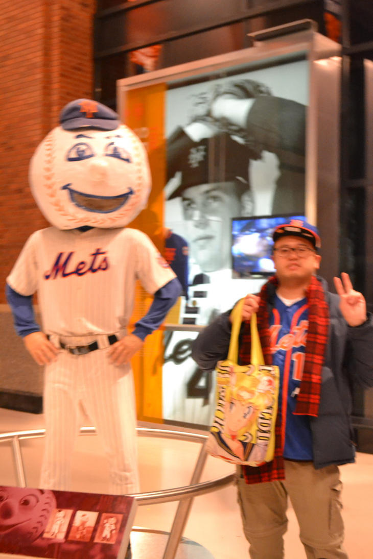 04-07-2017 - Me with Mr. Met 2 by latiasfan2004